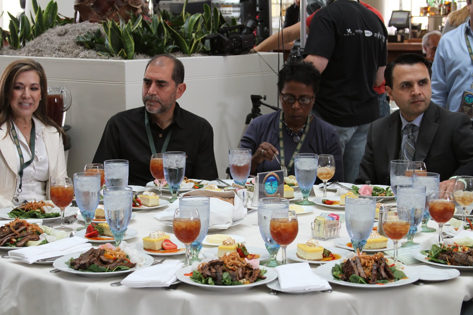 Loews santa monica hotel multi cultural cooking network Simple table setting for lunch