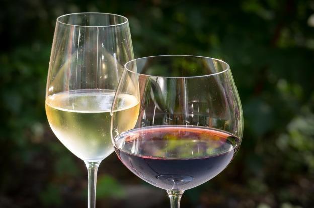 white-wine-848268_1280