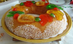 Southern French style king cake.  Northern French looks different.
