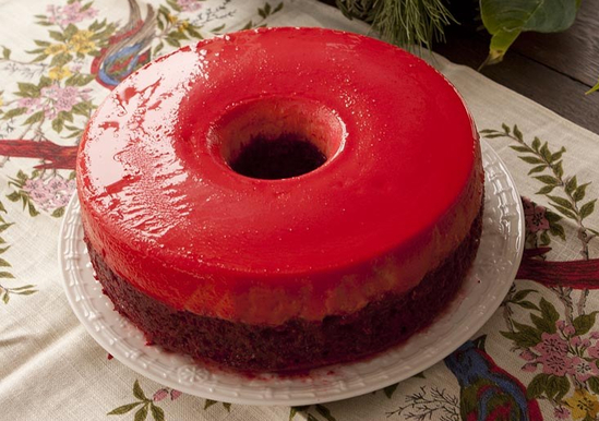 red-velvet-custard-cake-aka-flan-cake_crop_1377184176-71