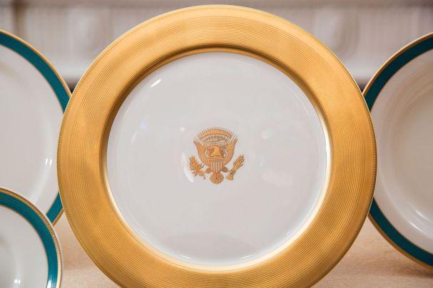 obama_china_service_plate_2015