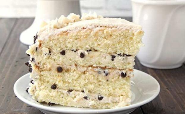 cannoli-cake_snappygourmet_lisa-huff