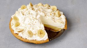 bananas-foster-cream-pie_wide